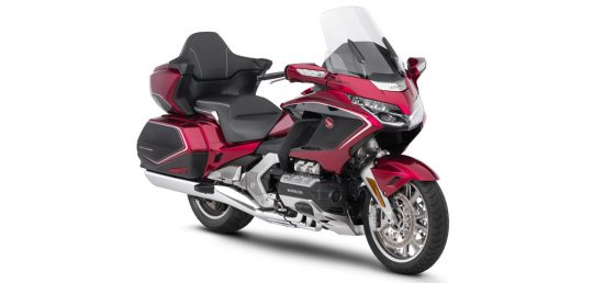 - Gold Wing GL 1800 - Tour DCT ( red and black - black )